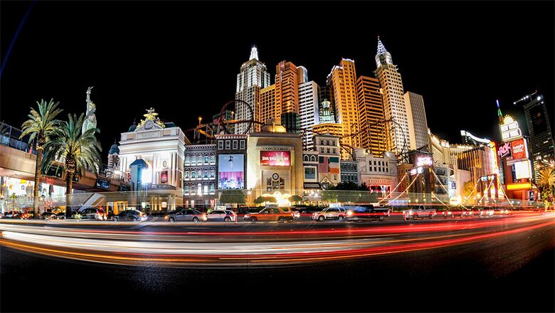 Take A Las Vegas Strip Bus Tour And Learn More About Vegas At Night