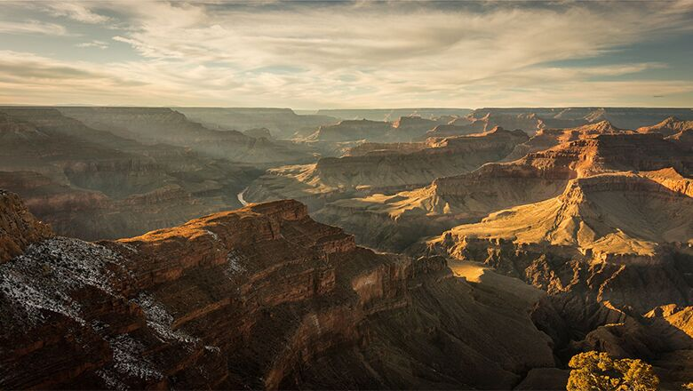 Grand Canyon Bus Tour Guides Provide Bus Travelers With Interesting Information