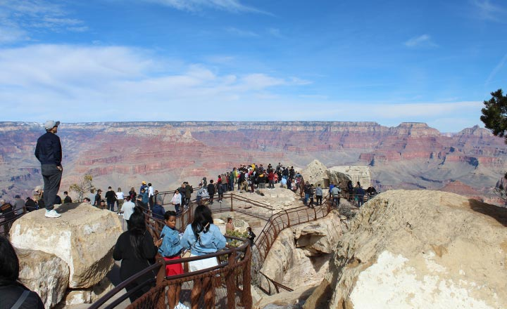 Grand Canyon South Rim visitors on Vegas bus tours can see Mather Point.