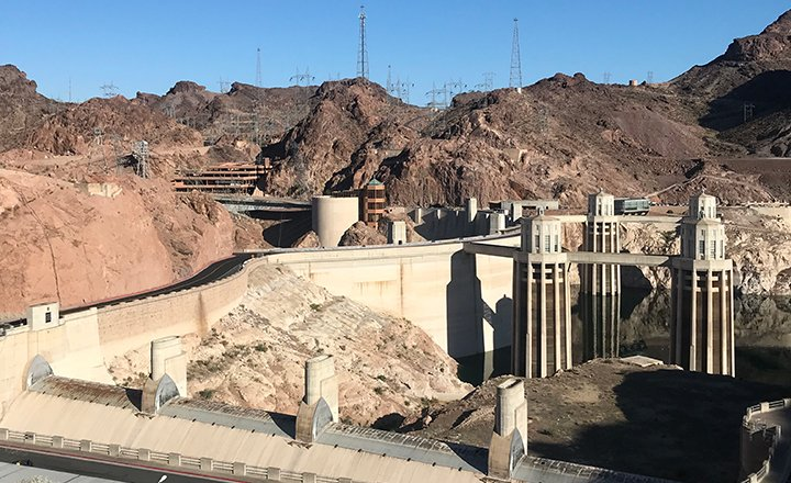 Las Vegas Hoover Dam tours take you directly to Hoover Dam